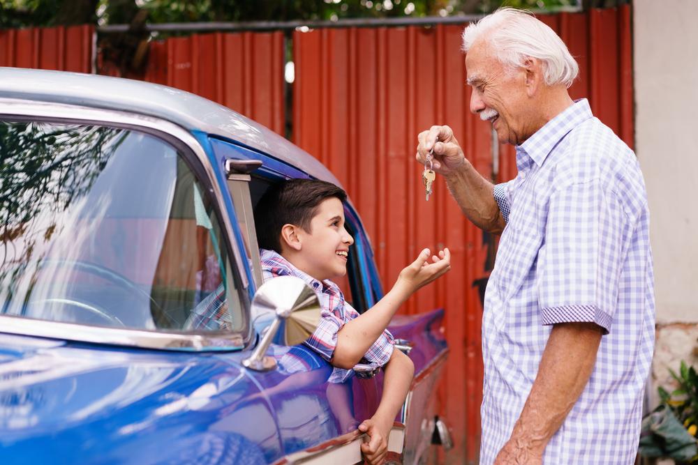 Auto tirdzniecība starp paaudzēm