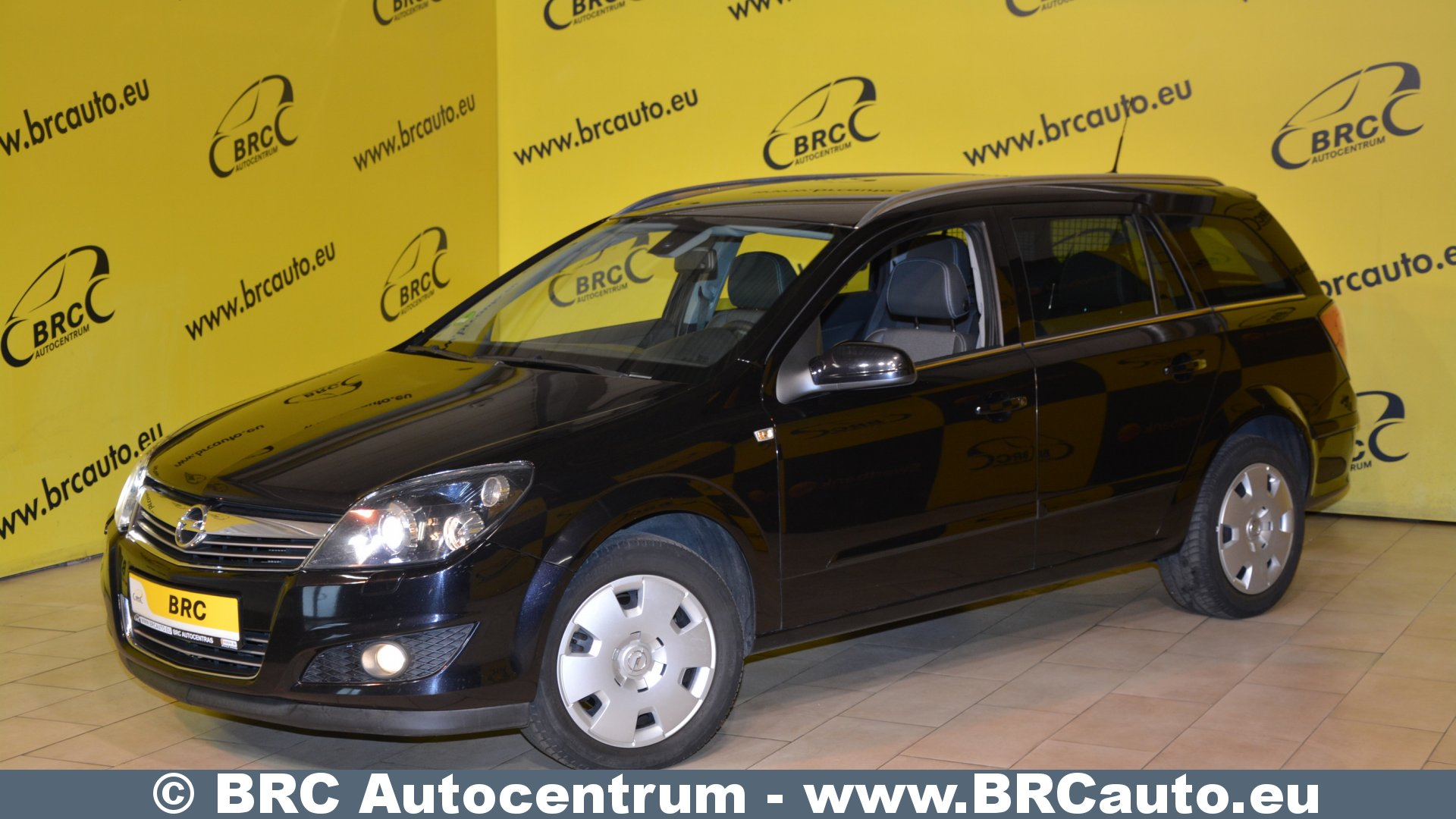 opel astra 1 9cdti cosmo no 171 brc autocentrum. Black Bedroom Furniture Sets. Home Design Ideas