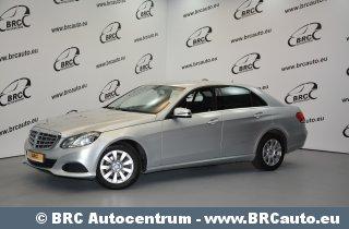 Mercedes-Benz E 220 BLUETEC Automat...