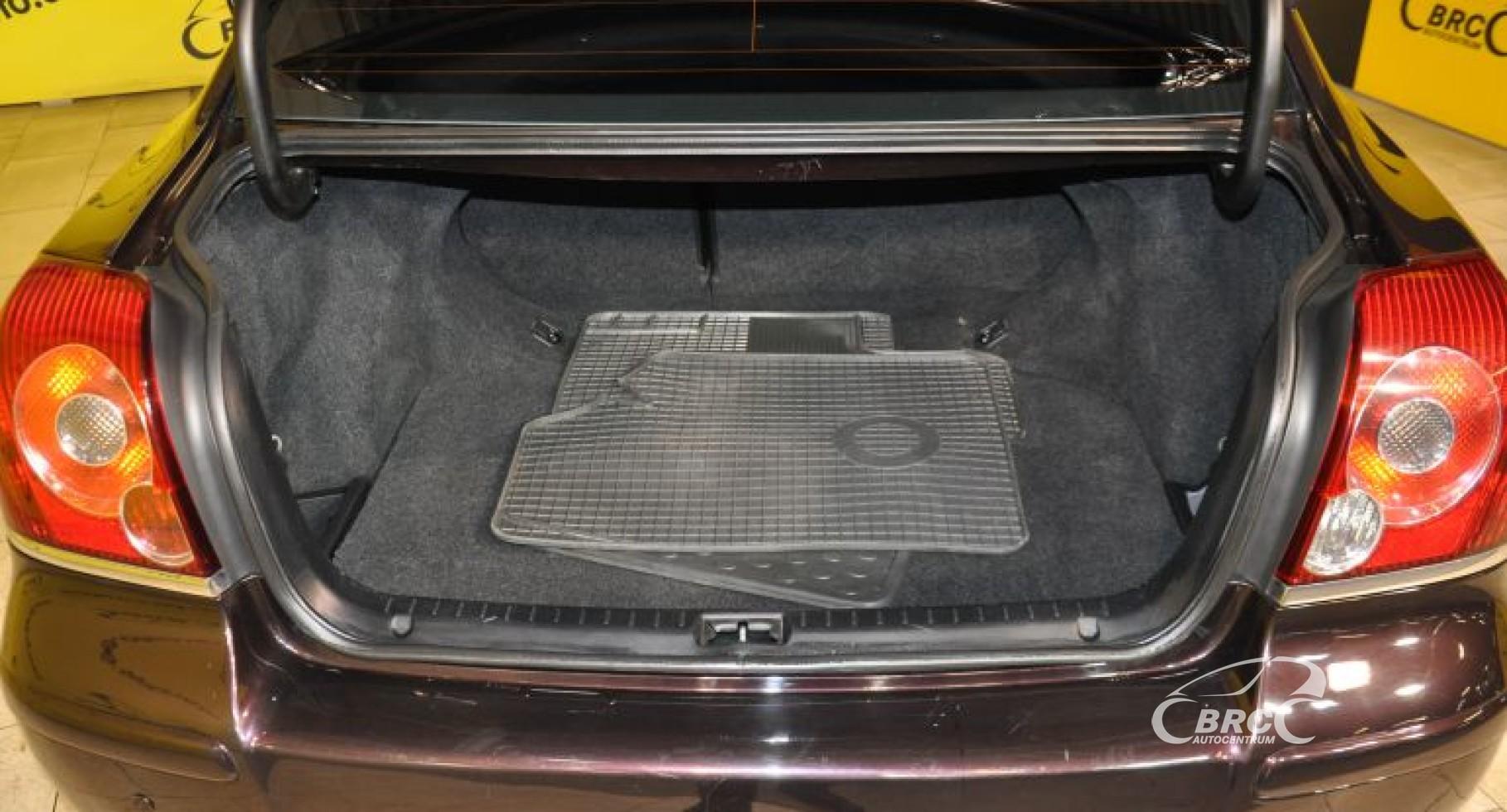 Toyota Avensis 2.2 D-4D D-CAT Linea Sol