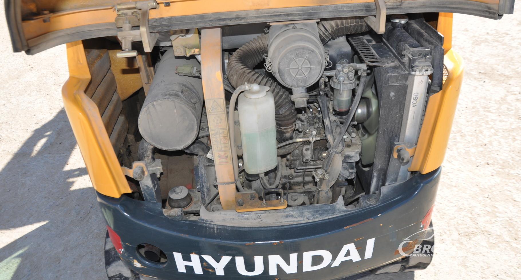 Hyundai R16-9