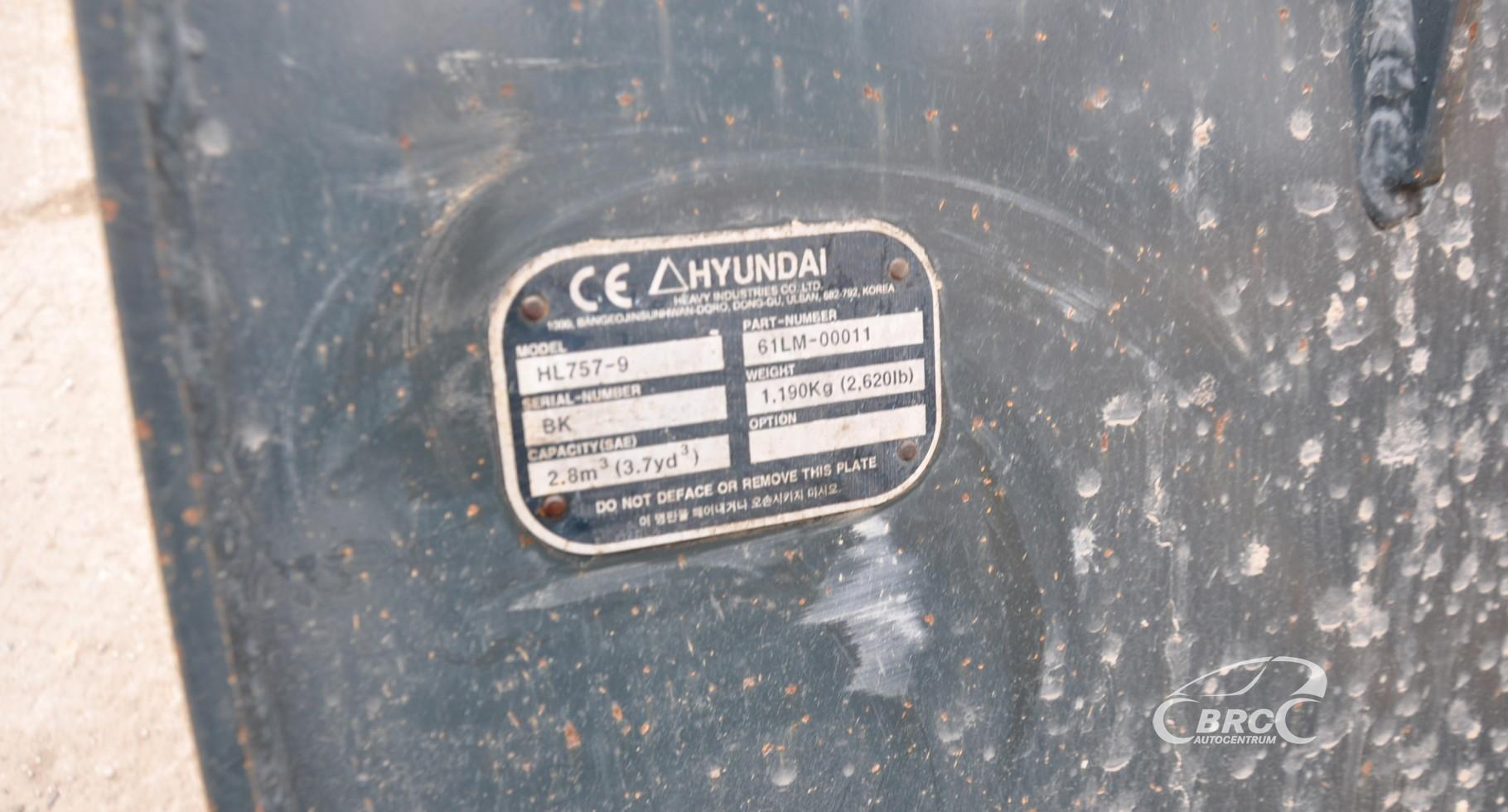 Hyundai HL757-9A