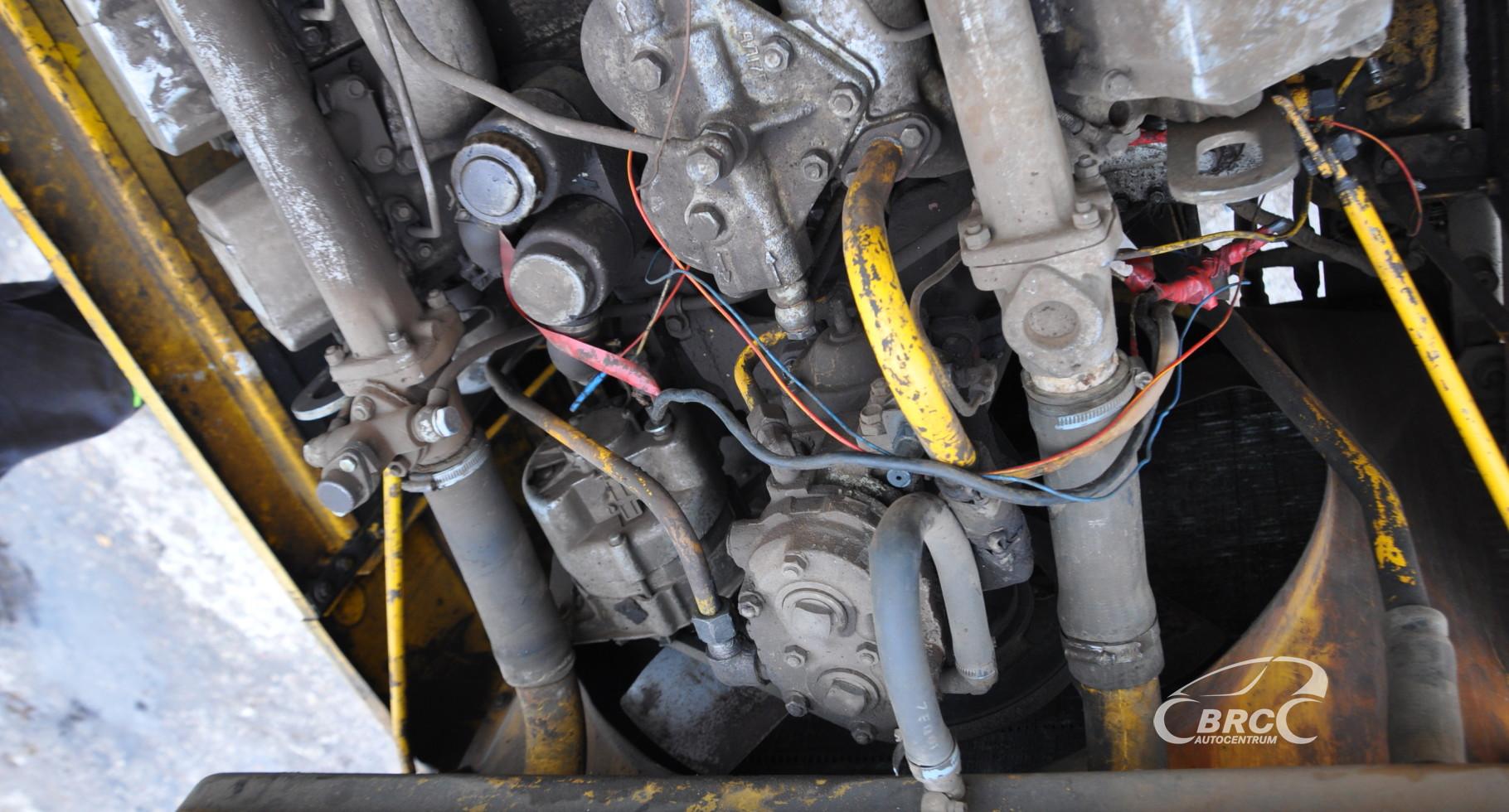 Kirovec 701 engine defect