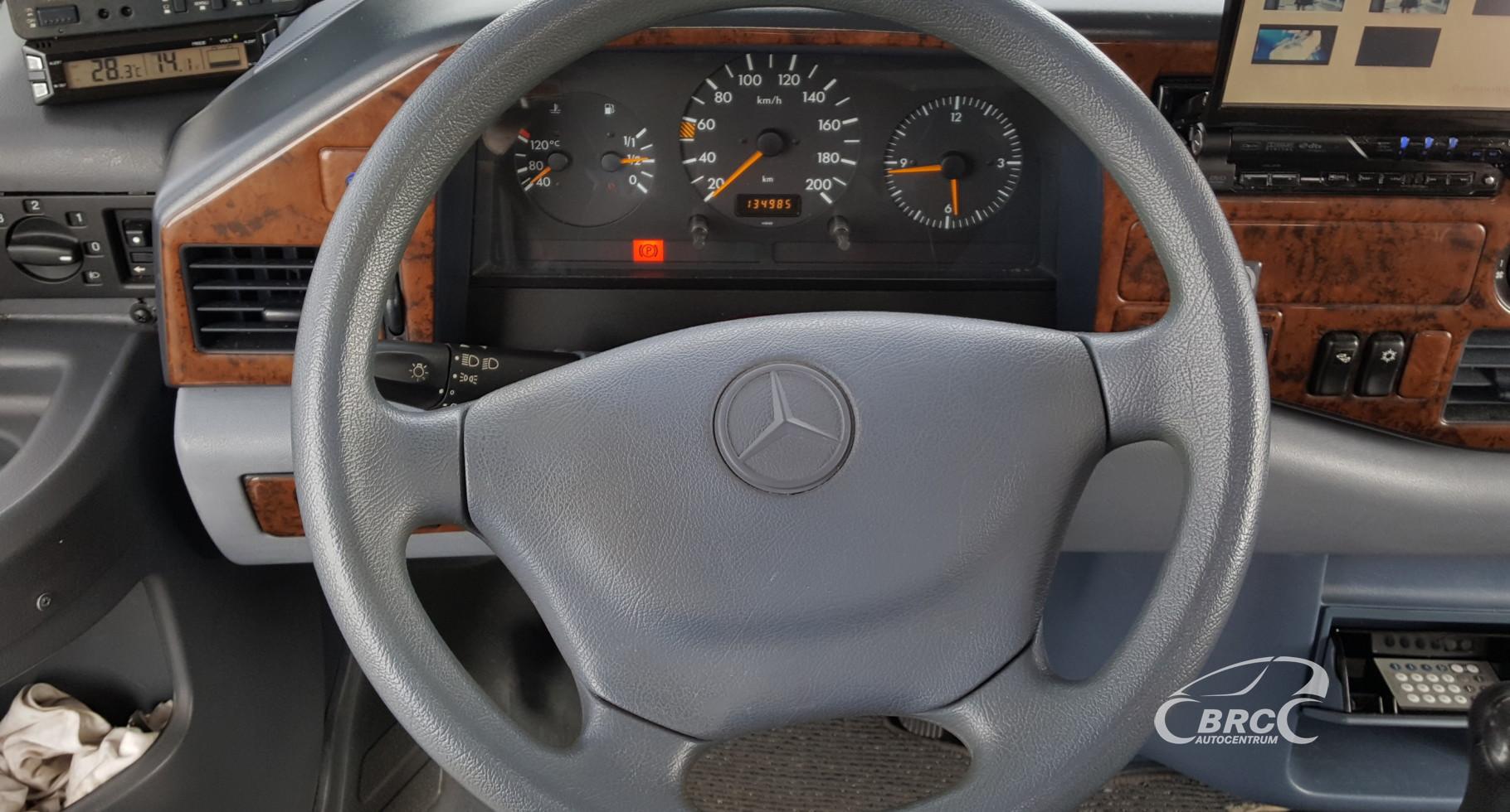 Mercedes-Benz 312 i 566 LS