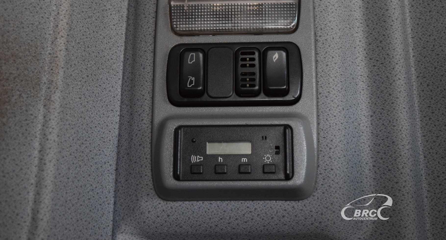 Toyota Sienna 2010-2018 Owners Manual: Playing an audio CD andMP3WMAAAC discs