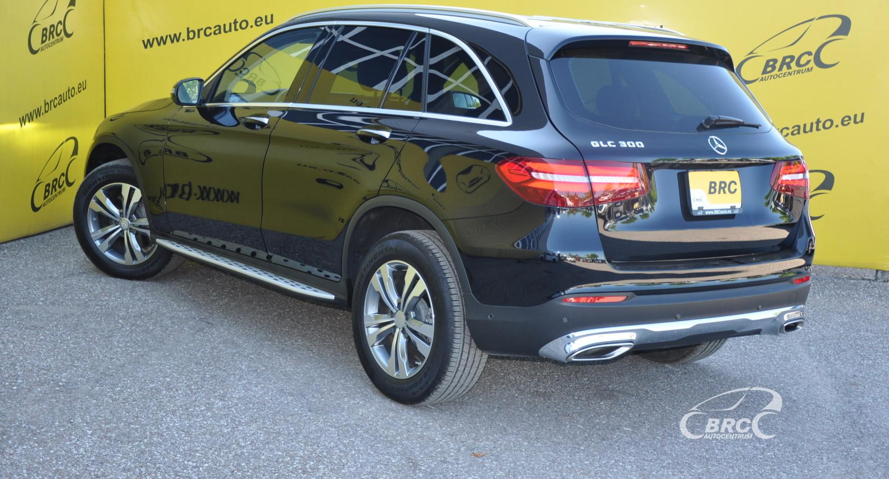 Mercedes-Benz GLC300 G-TRONIC