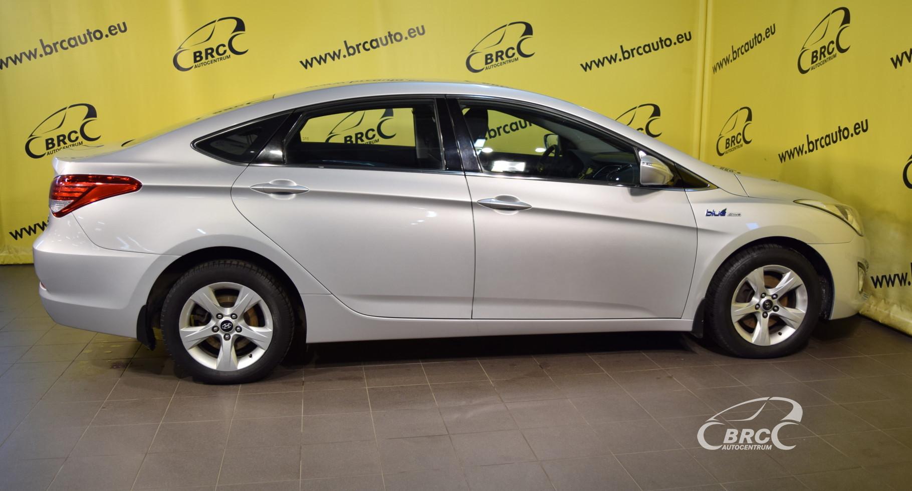 Hyundai i40 Blue Drive SAJŪGA DEFEKTS