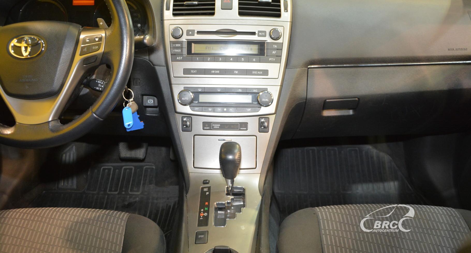 Toyota Avensis 2.0 VVT-i Automatas