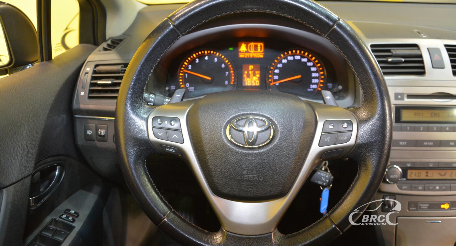 Toyota Avensis 2.0 VVT-i Linea Sol Automatas