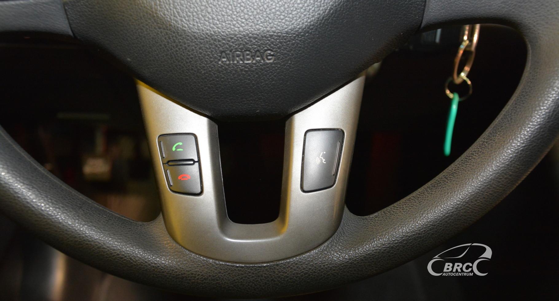 Kia Sportage 2.4 LX Automatas