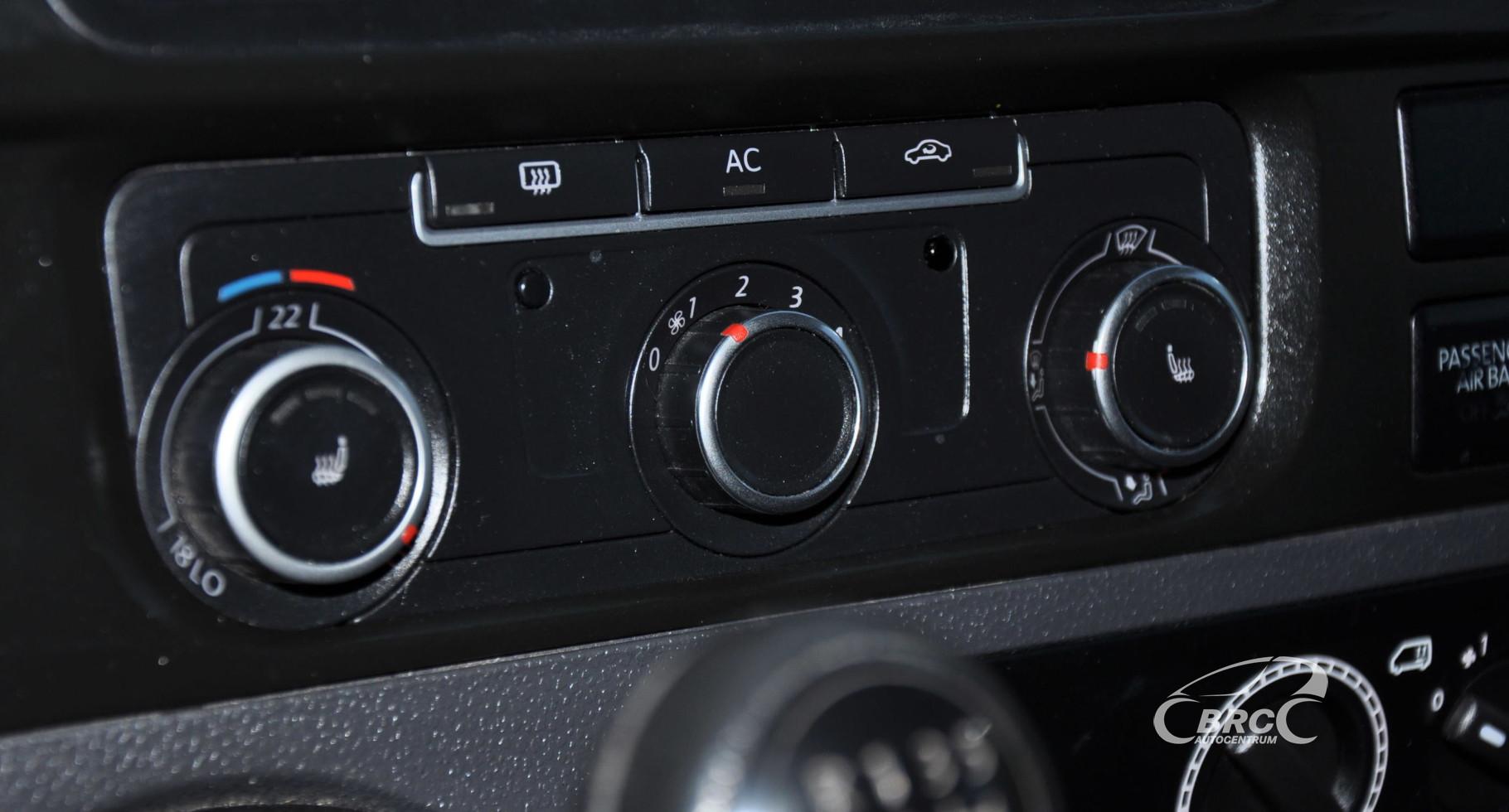 Volkswagen Transporter Kombi 2.0 TDI