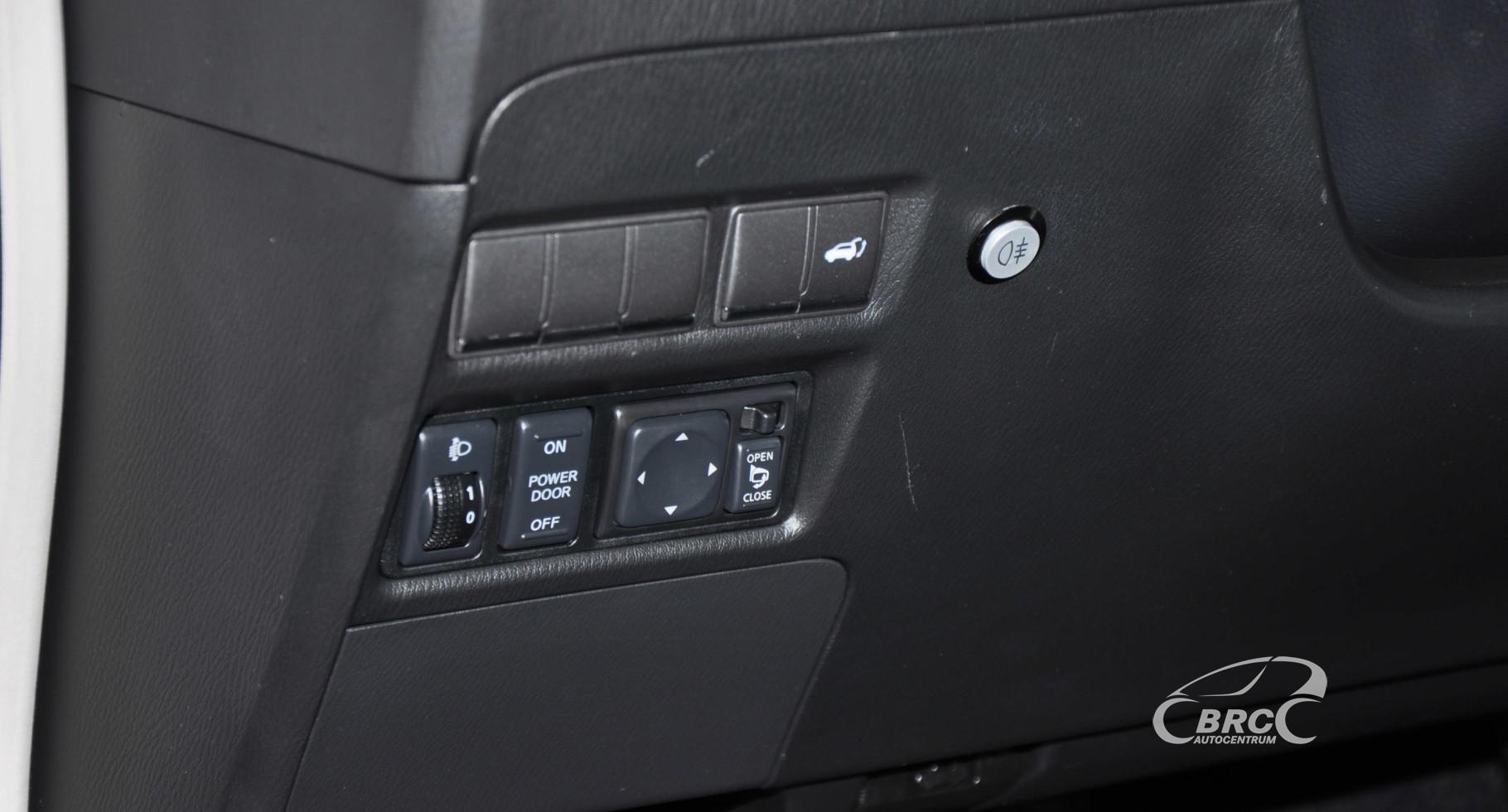 Infiniti QX56 5.6 V8 AWD Automatas