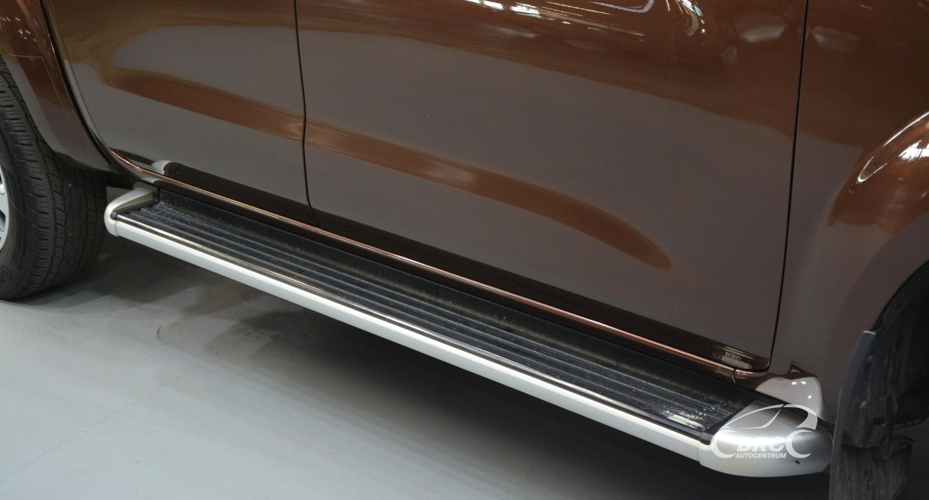 Nissan Navara 2.3 dCi Tekna DC 4x4 Automatas