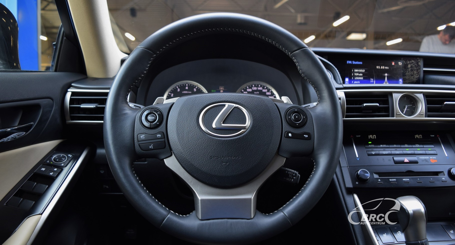 Lexus IS 250 AT