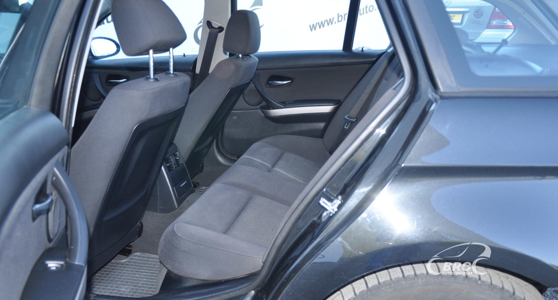 BMW 318 i Touring