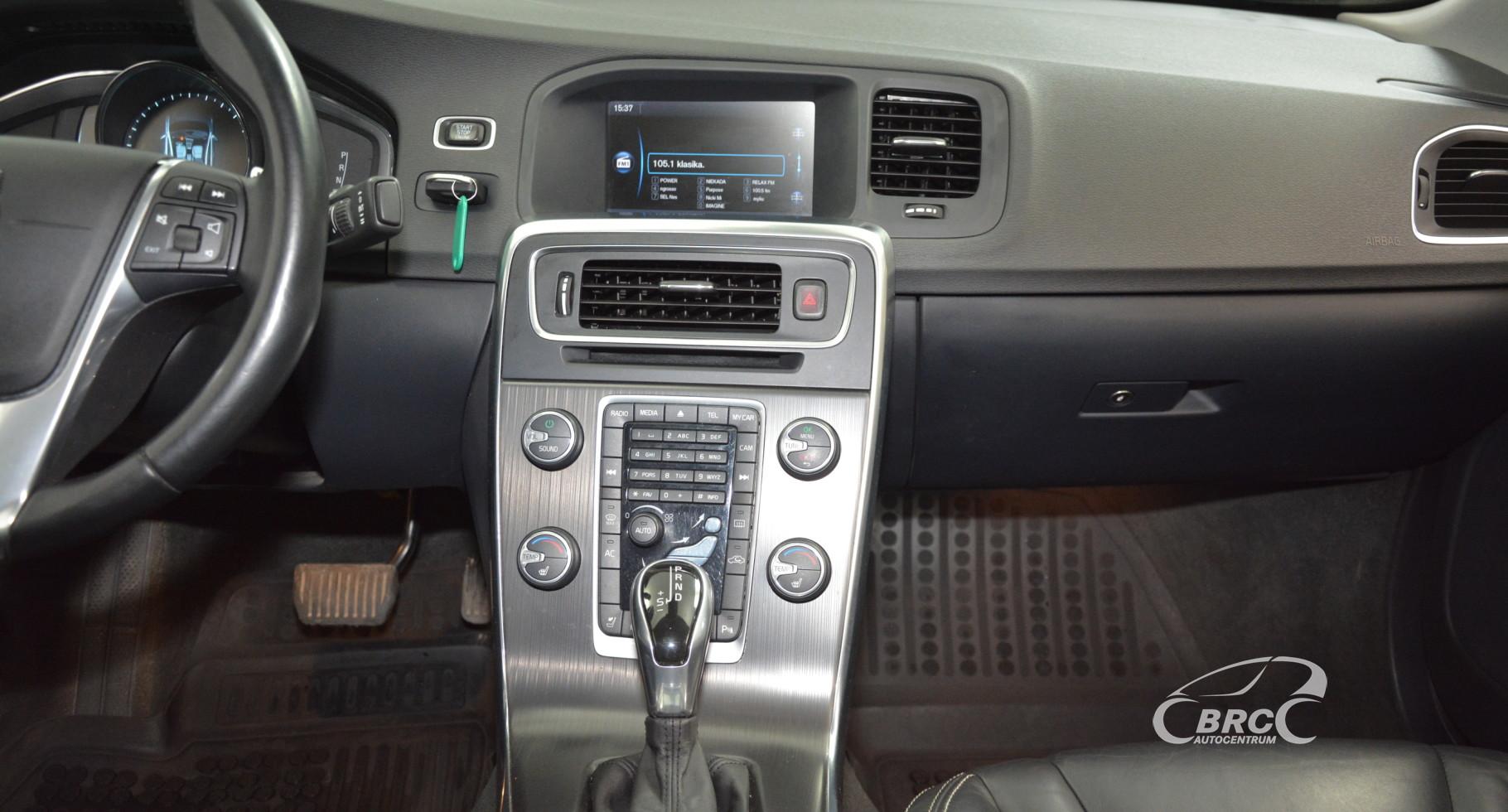 Volvo S60 2.5 T5 AWD Automatas