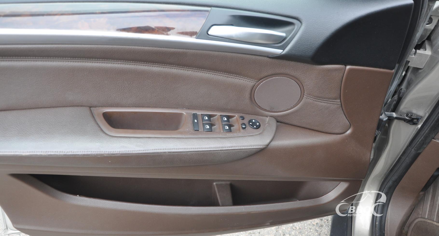 BMW X5 3.0i Automatas