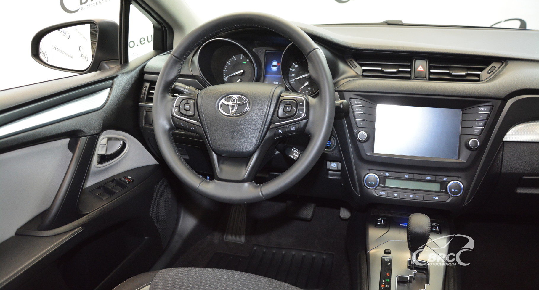 Toyota Avensis 1.8 Valvematic Active Automatas