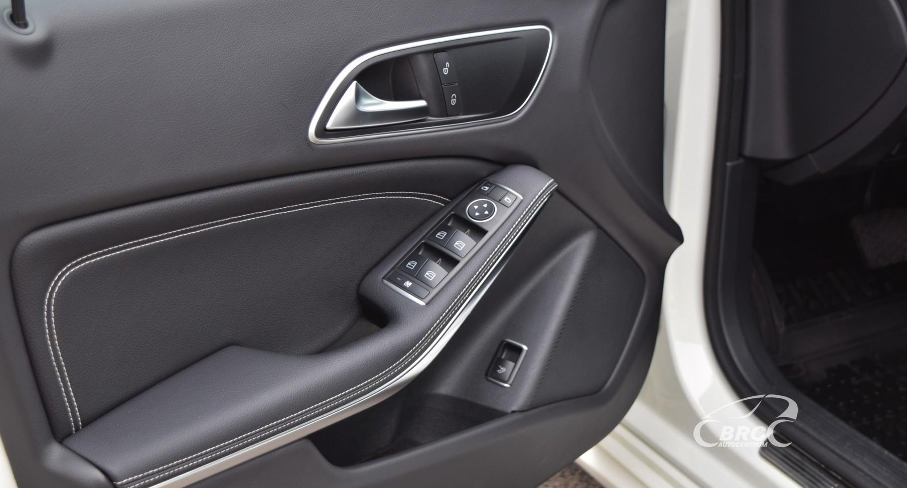 Mercedes-Benz CLA 180 Avantgarde A/T
