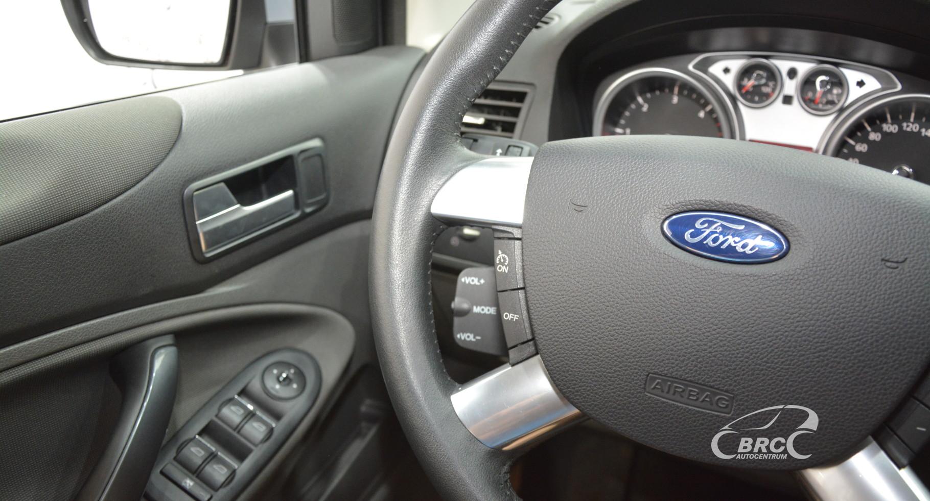 Ford Kuga 2.0 TDCi Automatas