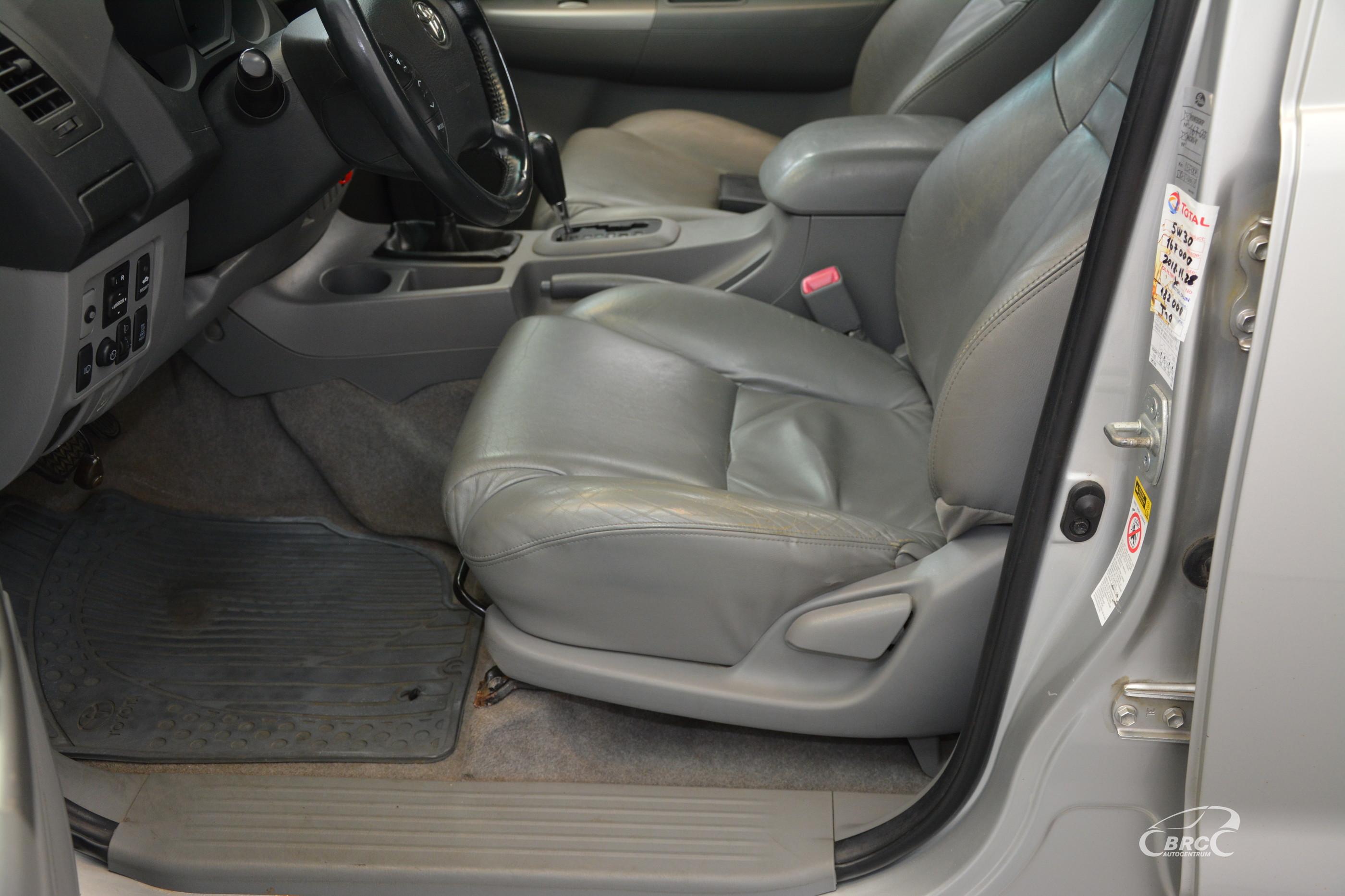 Toyota Hilux 3.0 D-4D AWD Automatas