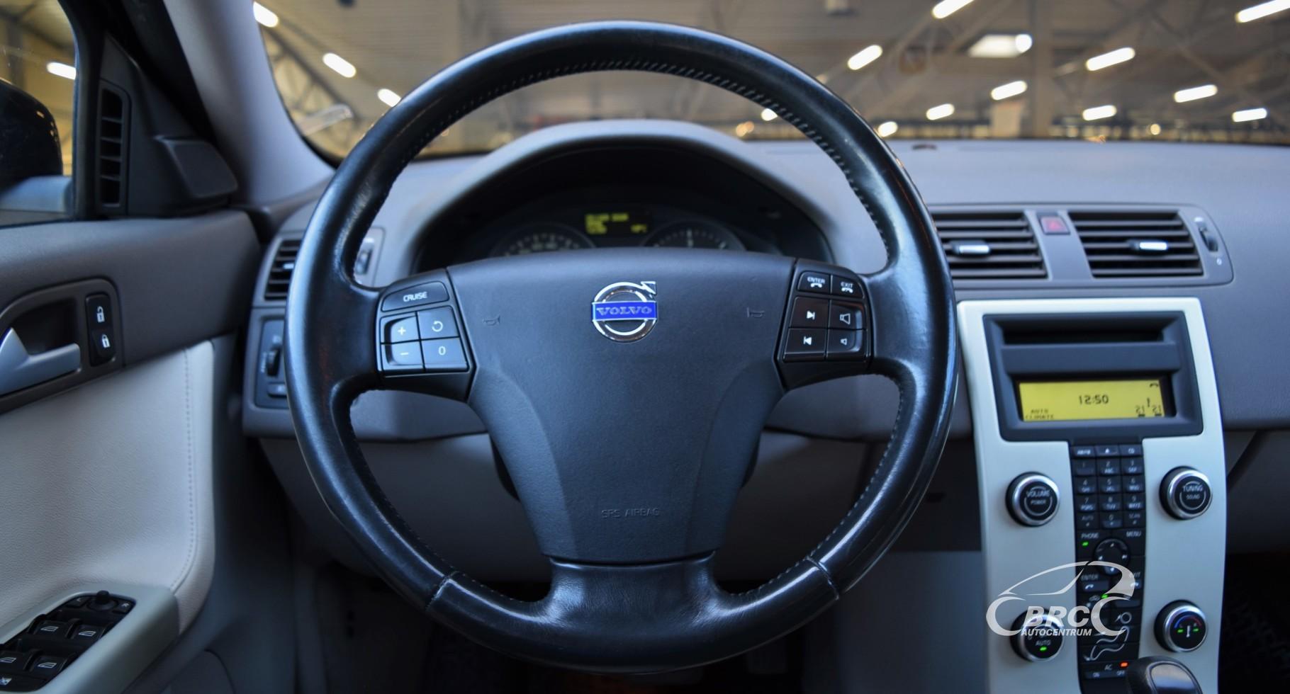 Volvo V50 Momentum