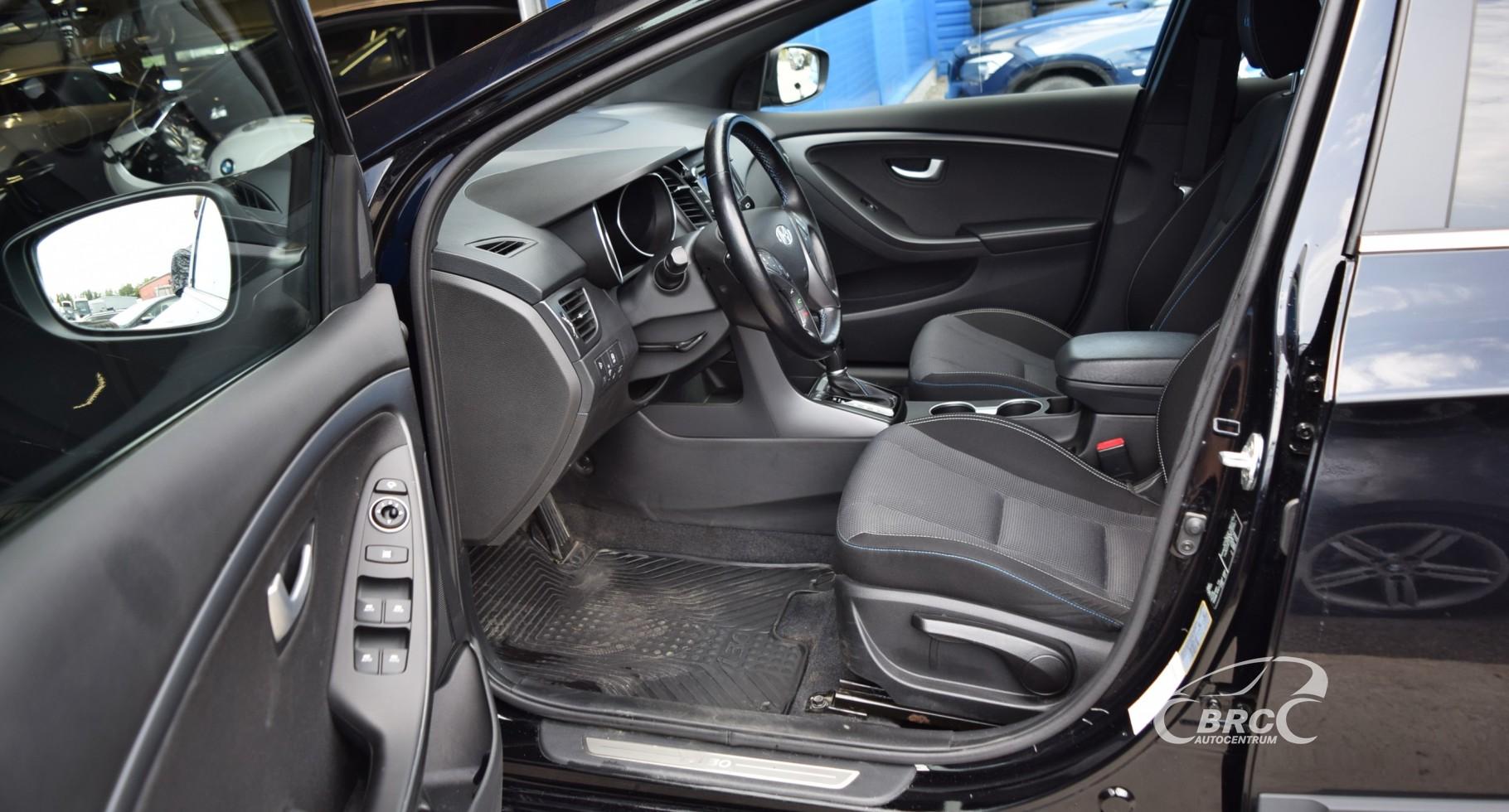 Hyundai i30 A/T