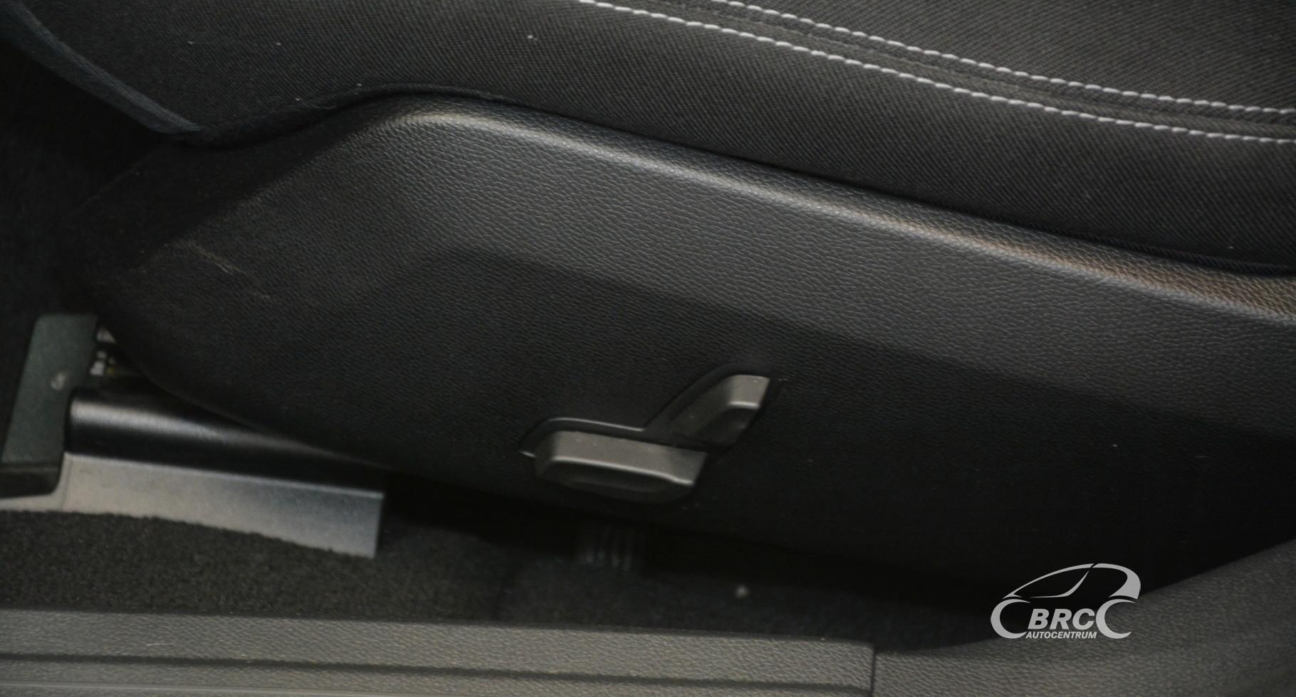 Mercedes-Benz E 220 BLUETEC Automatas