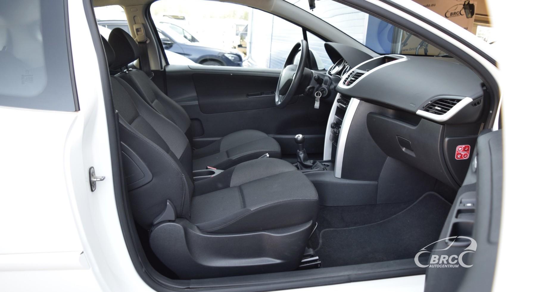 Peugeot 207 M/T