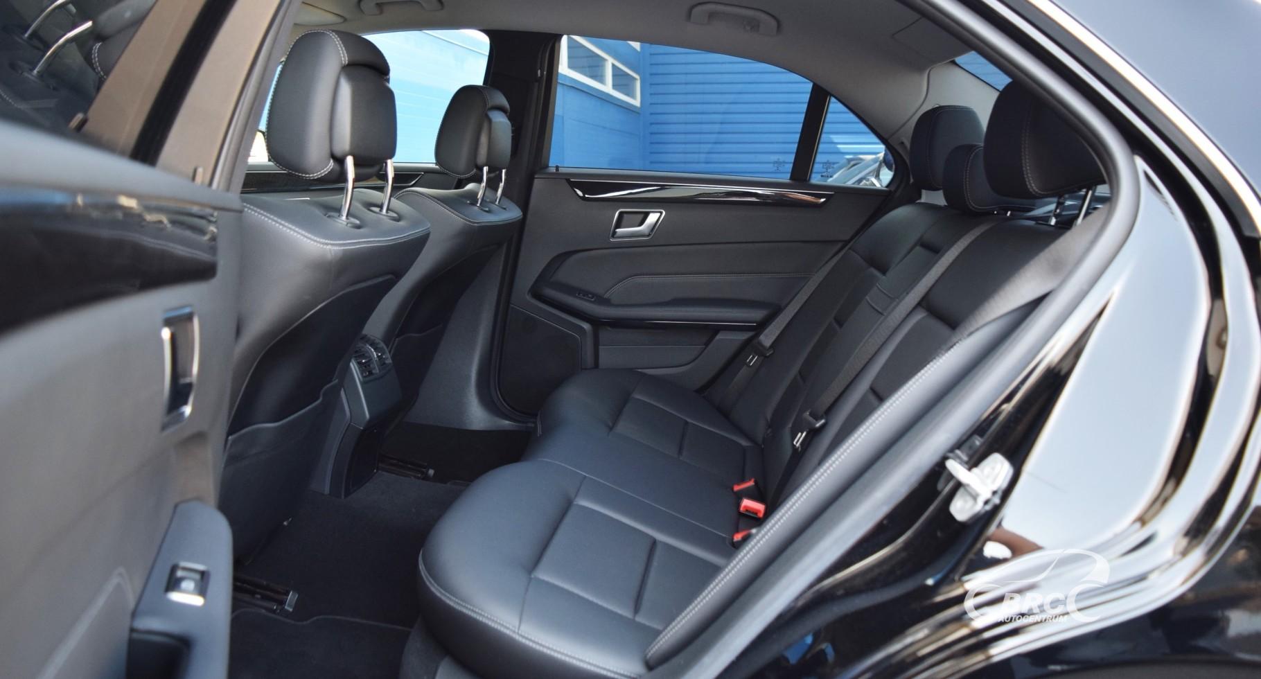 Mercedes-Benz E 220 CDI Bluetec
