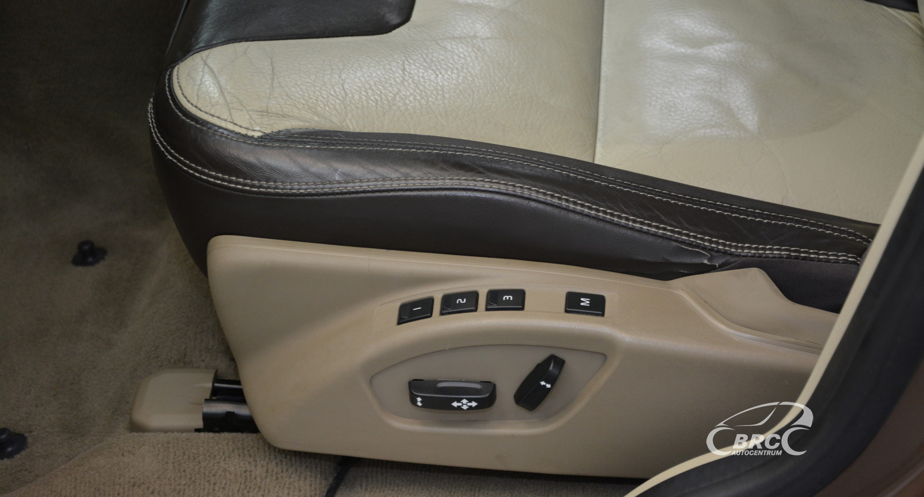 Volvo XC 60 3.2 FWD Automatas