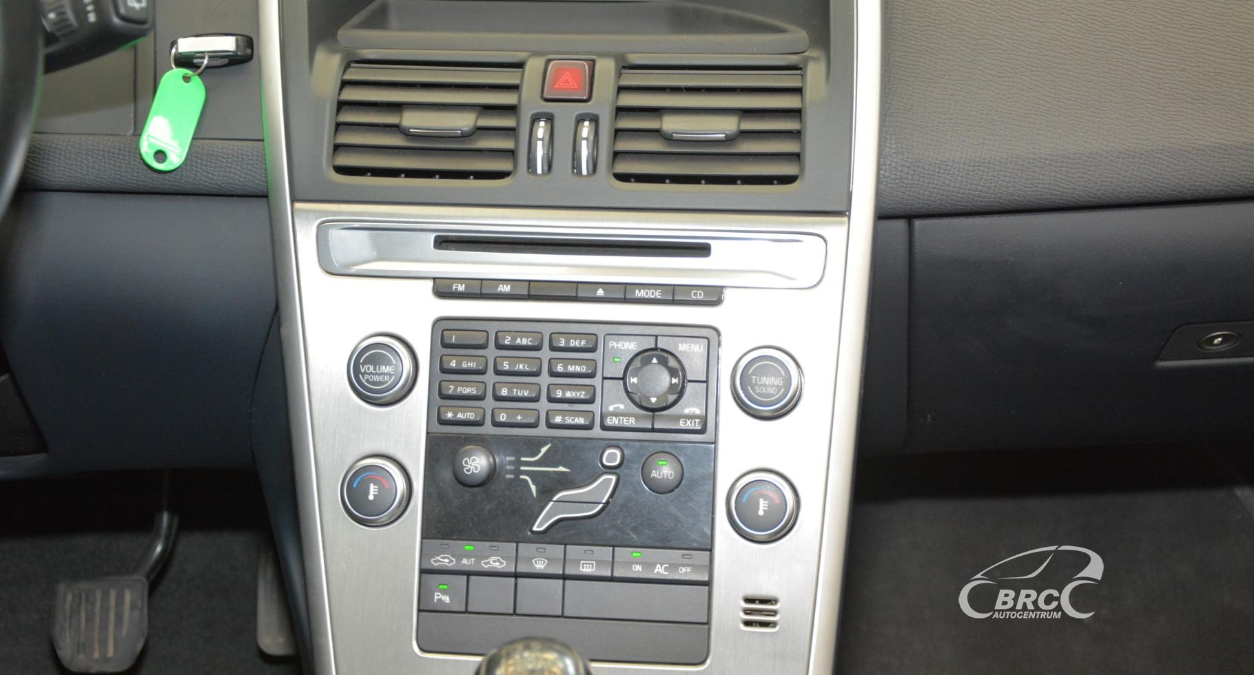 Volvo XC 60 2.4 D Drive Momentum