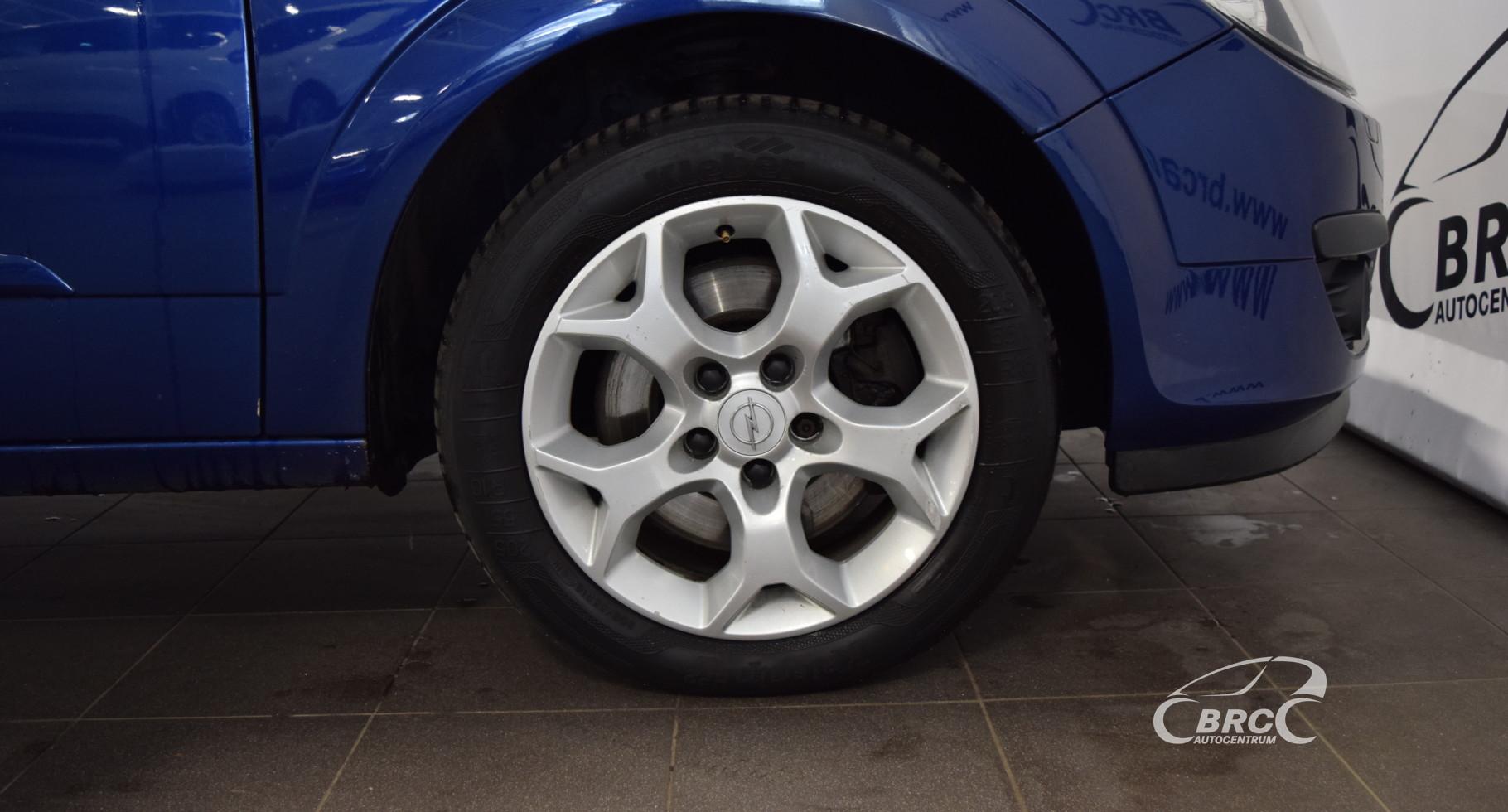 Opel Astra CDTi M/T