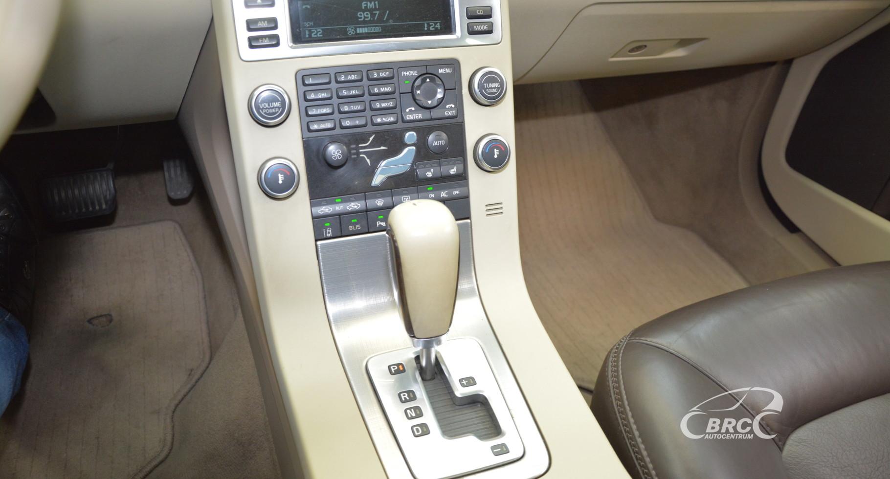 Volvo XC 70 2.4D AWD Sumumm
