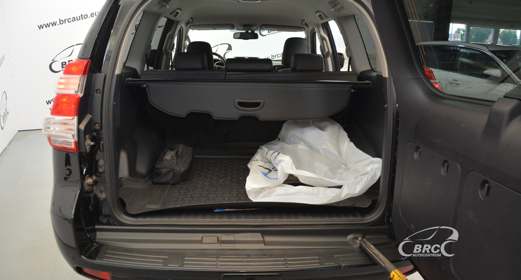 Toyota Land Cruiser 2.8 D-4D Premium 150 Series Automatas