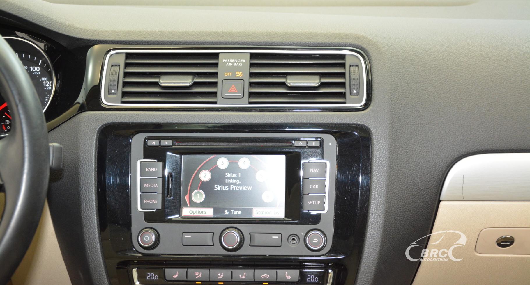 Volkswagen Jetta 1.4 Hybrid SEL