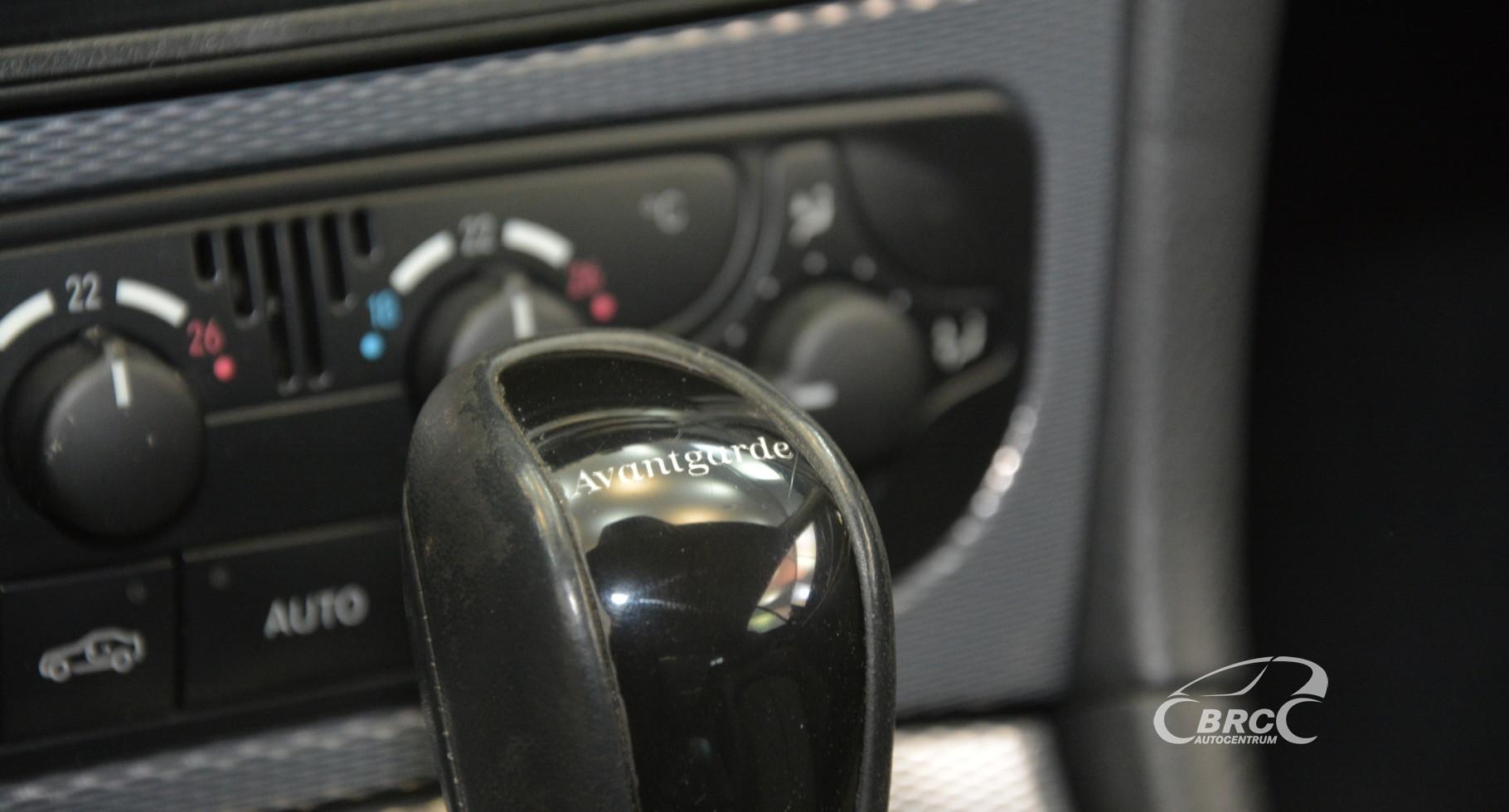 Mercedes-Benz CLK 200 Avantgarde Automatas