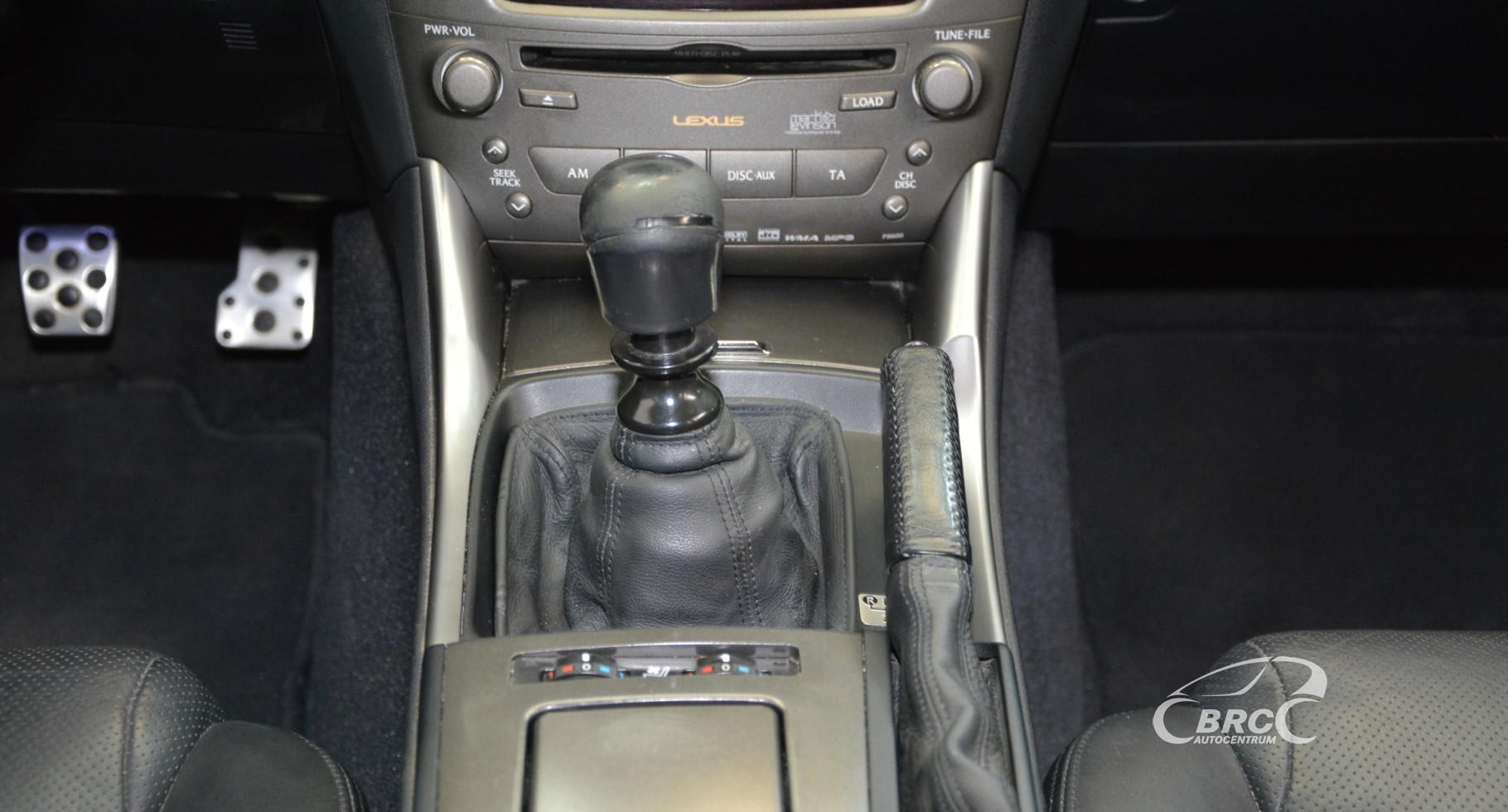 Lexus IS 220 d