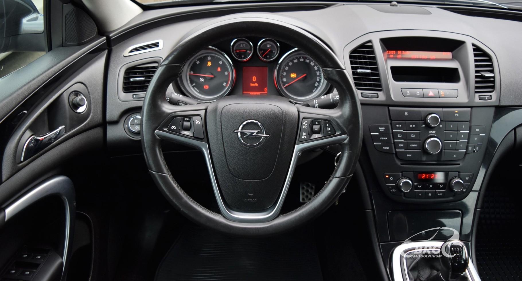 Opel Insignia CDTi M/T