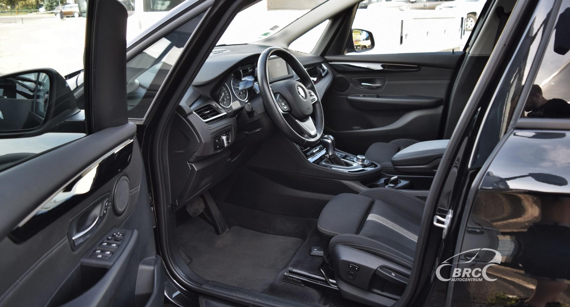 BMW 218 D Gran Tourer Sport Line