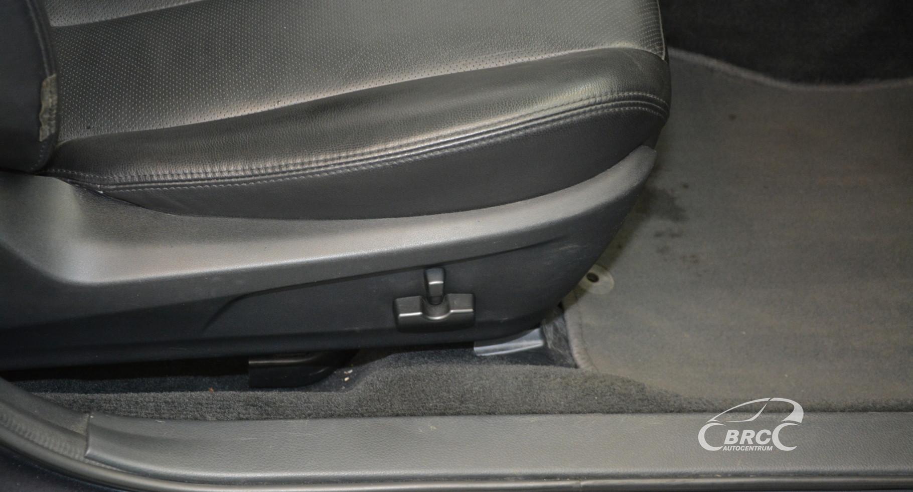 Subaru Outback 2.5i AWD Automatas