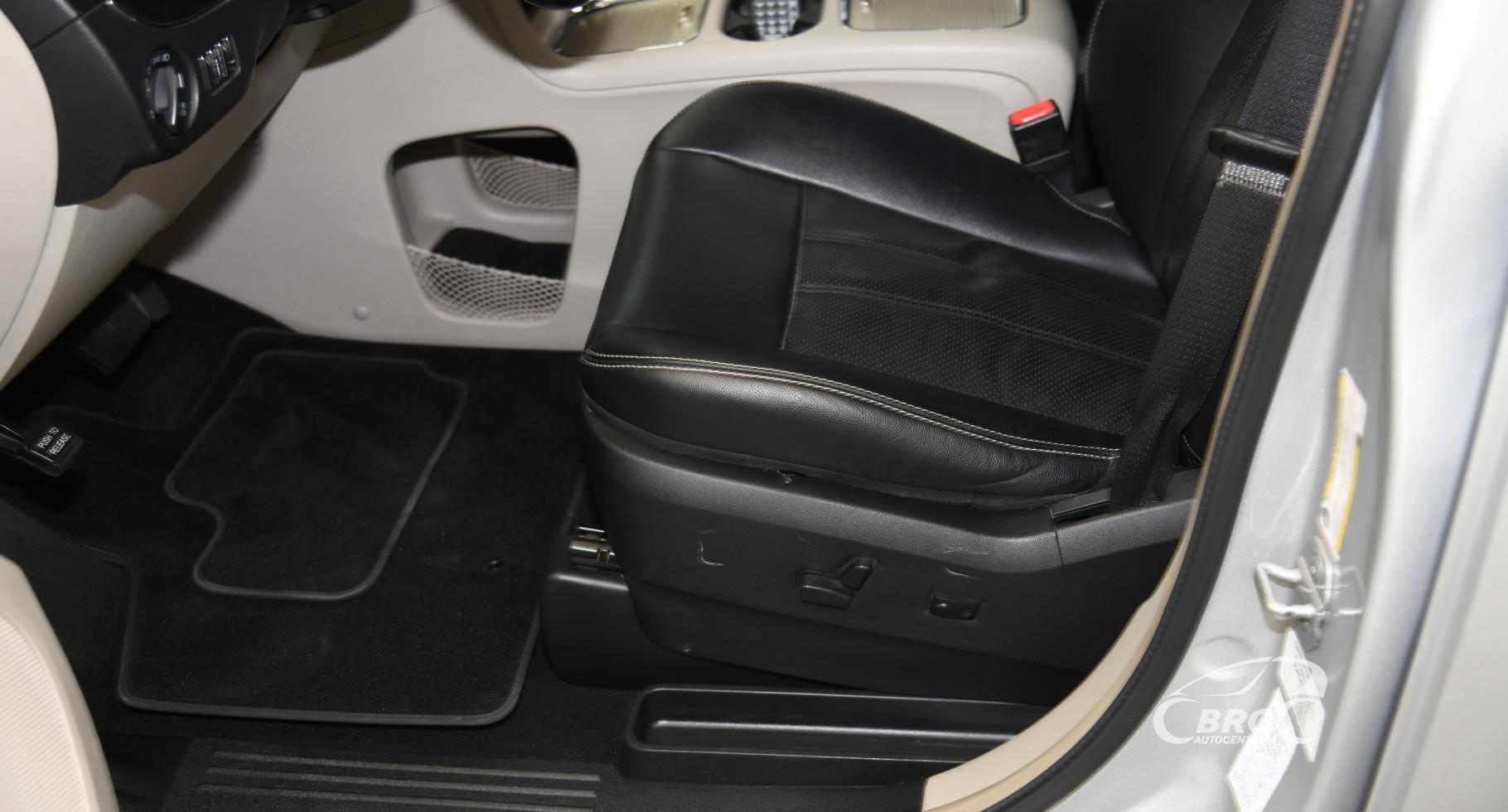 Lancia Voyager 2.8 CRD ORO Automatas
