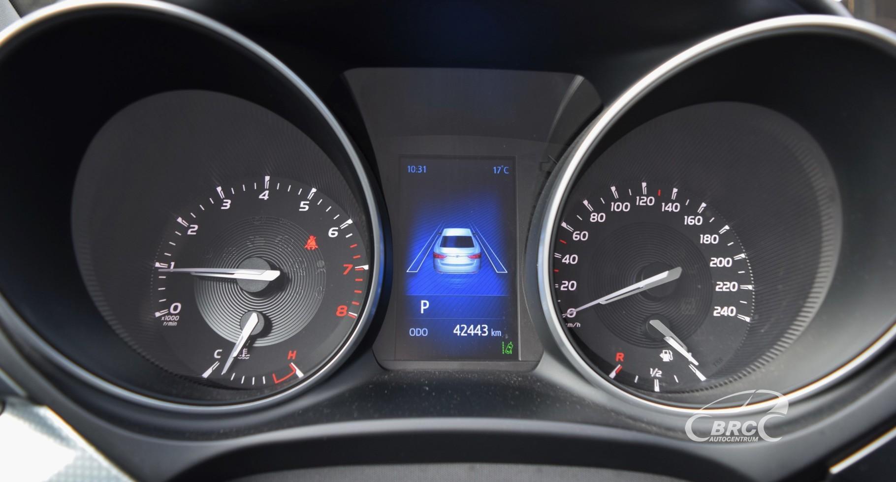 Toyota Avensis Sedan A/T