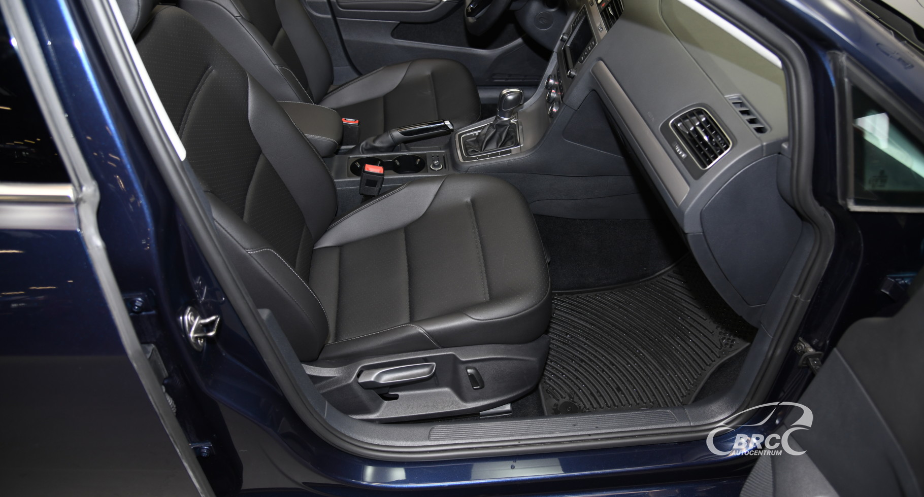 Volkswagen Golf 1.8 SE Automatas