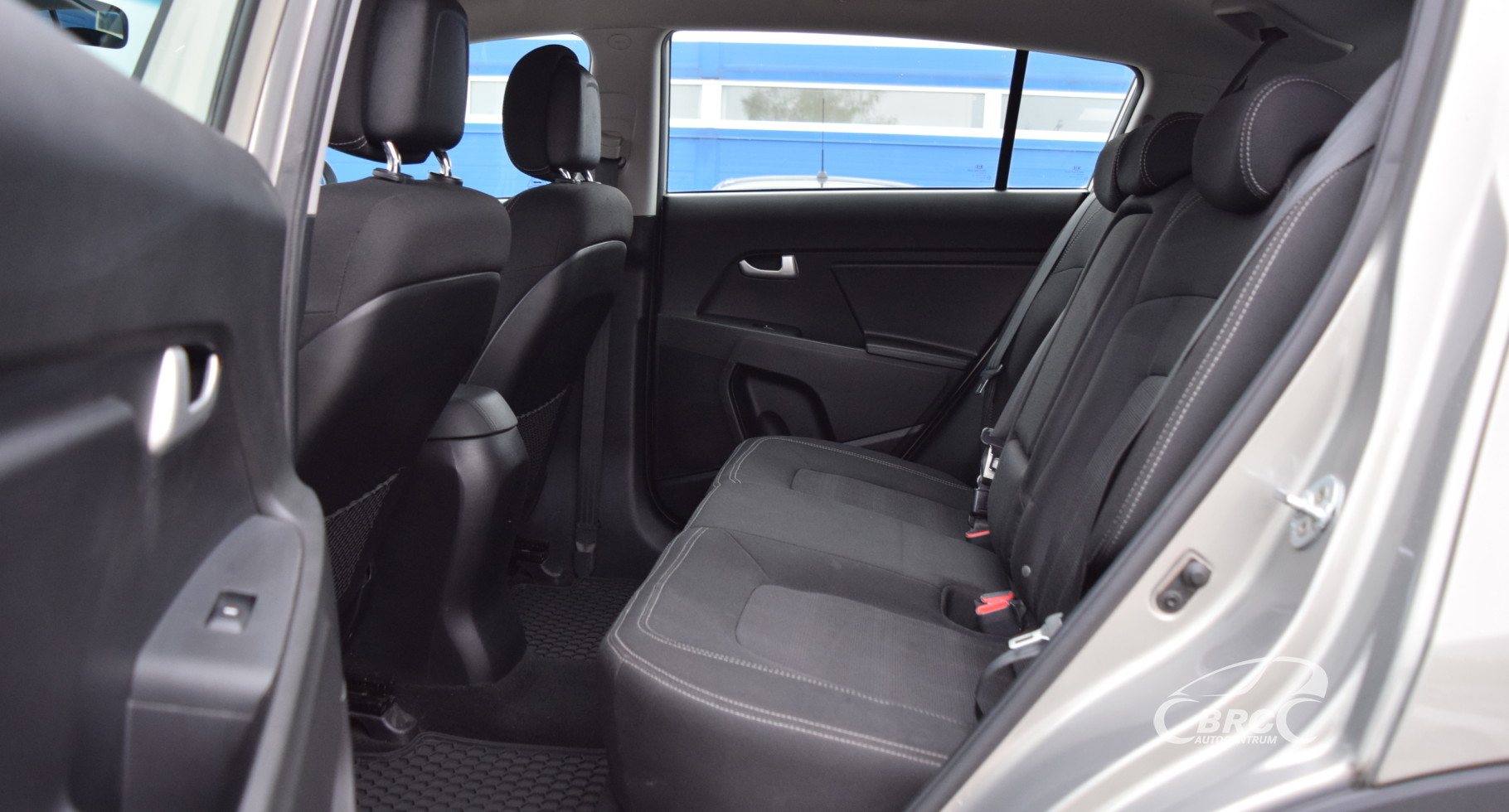 Kia Sportage CRDi 4WD M/T