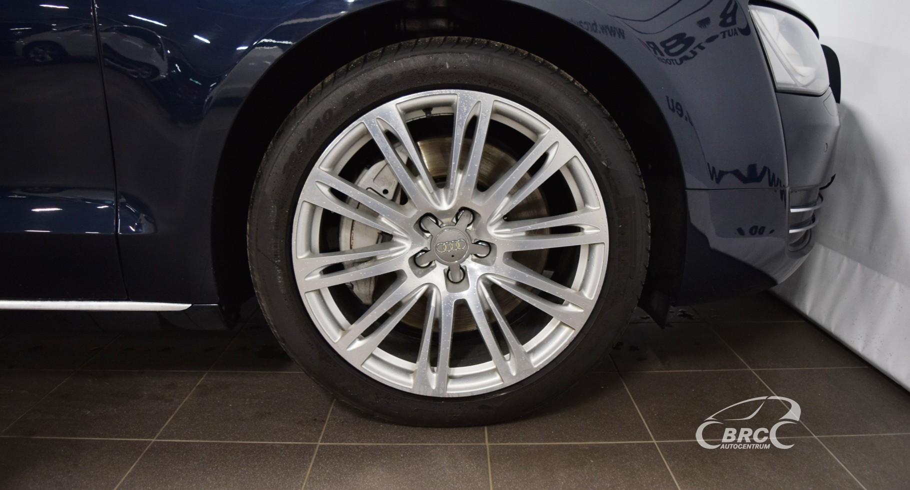 Audi A8 L FSi Quattro