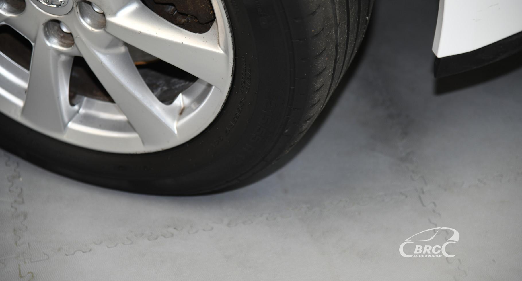 Toyota Avensis 2.2 D-4D SOL