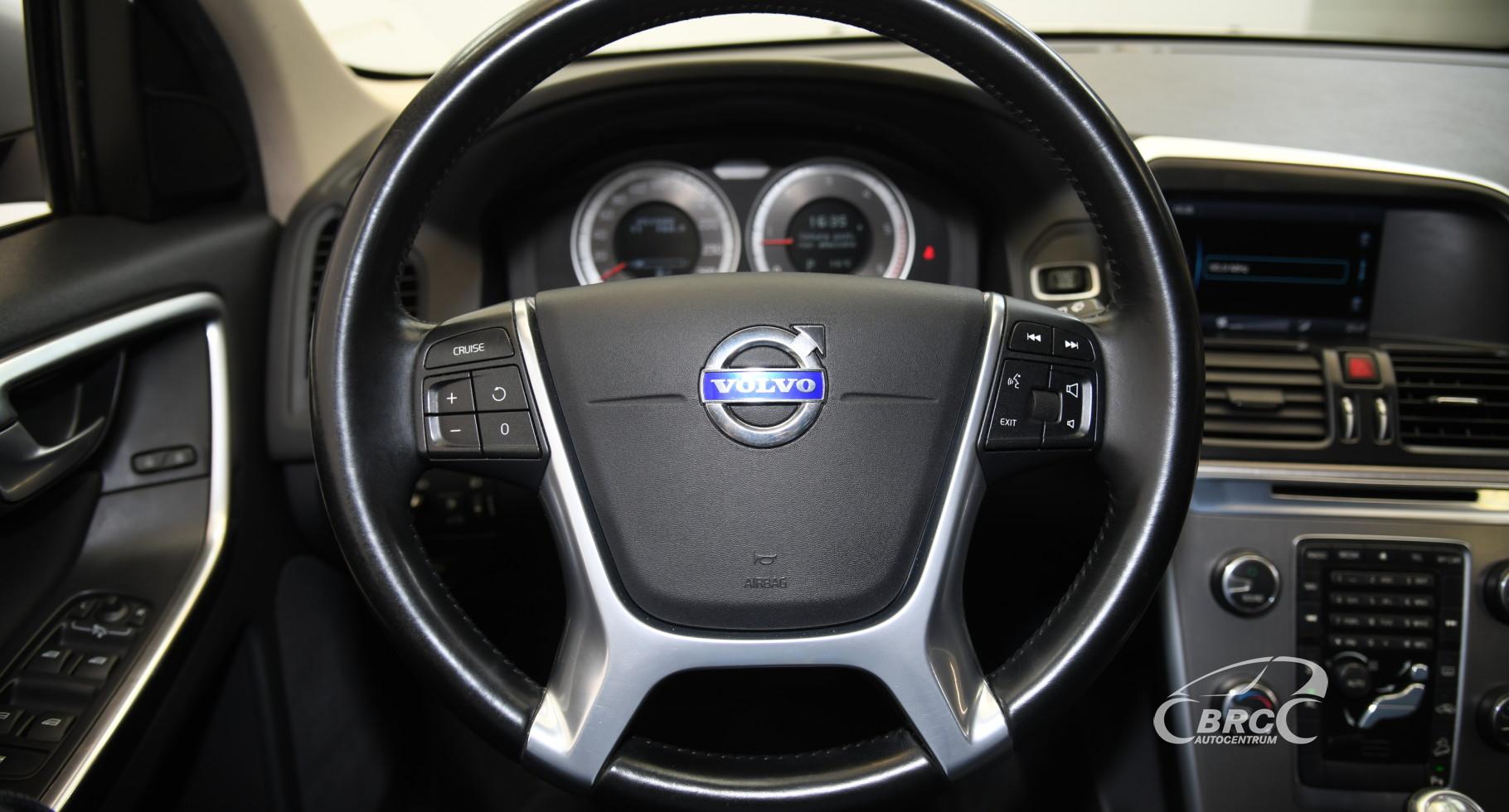 Volvo XC 60 2.4 D4 AWD Automatas