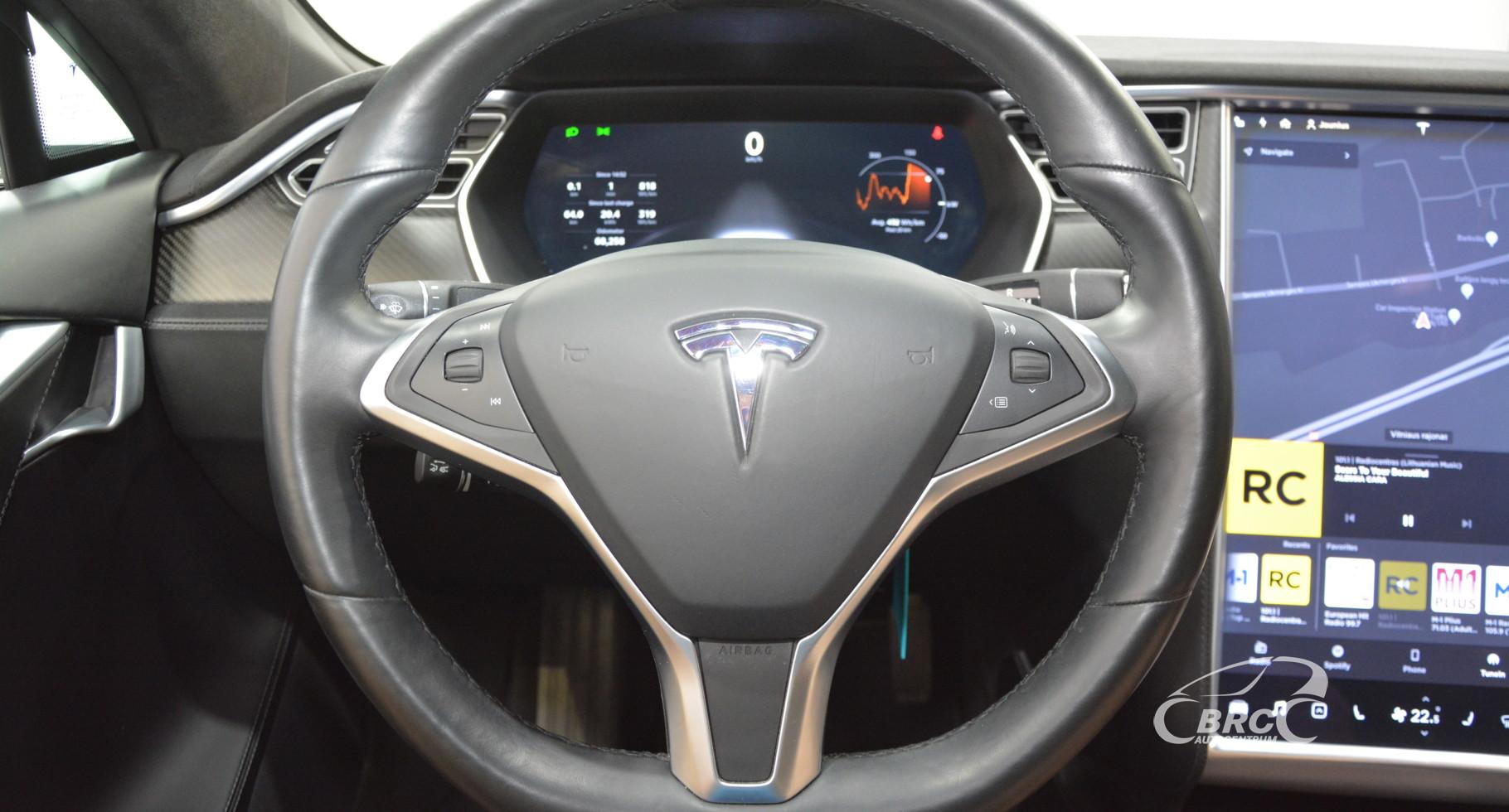 Tesla Model S 90D