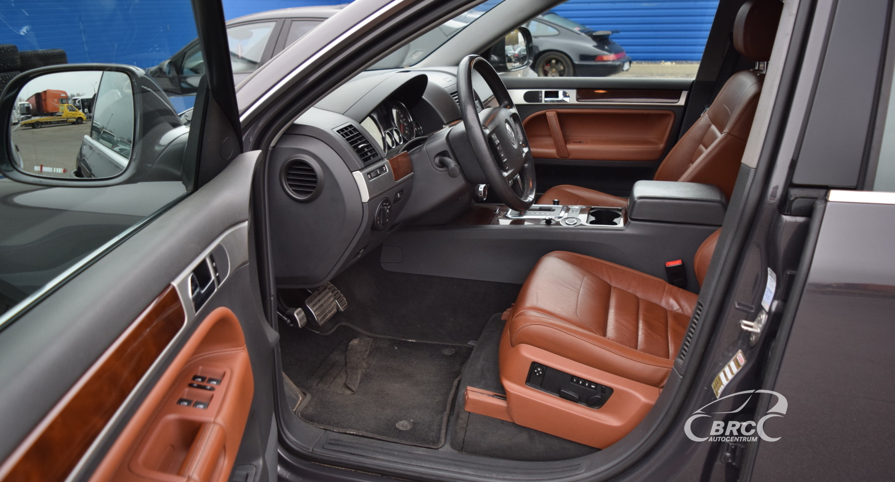 Volkswagen Touareg V6 A/T